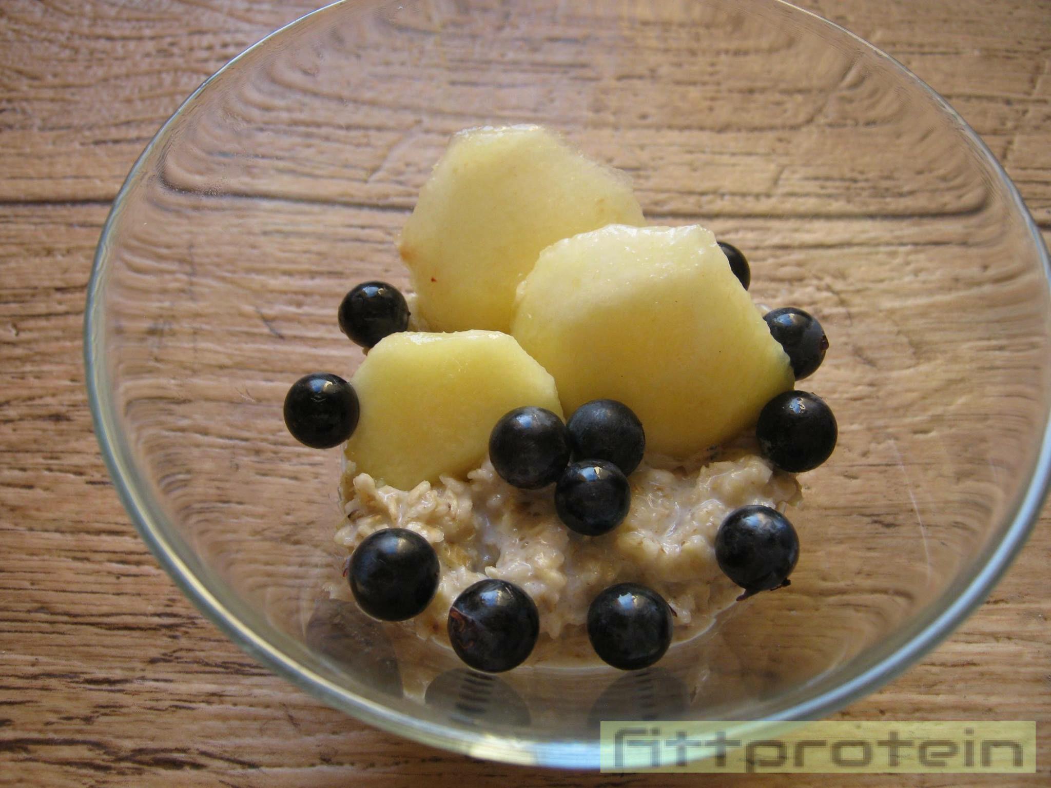 zabkása gyümölccsel a fehérje diétát kiegészítve